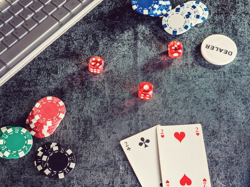 Selecting the Best Online Casino Games to Have Fun