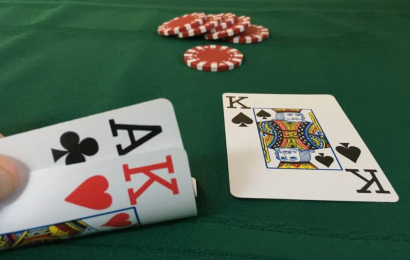 Play Poker Online To Feel The Thrill