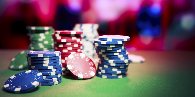 What Will The User Get When He Use Online Casino Site